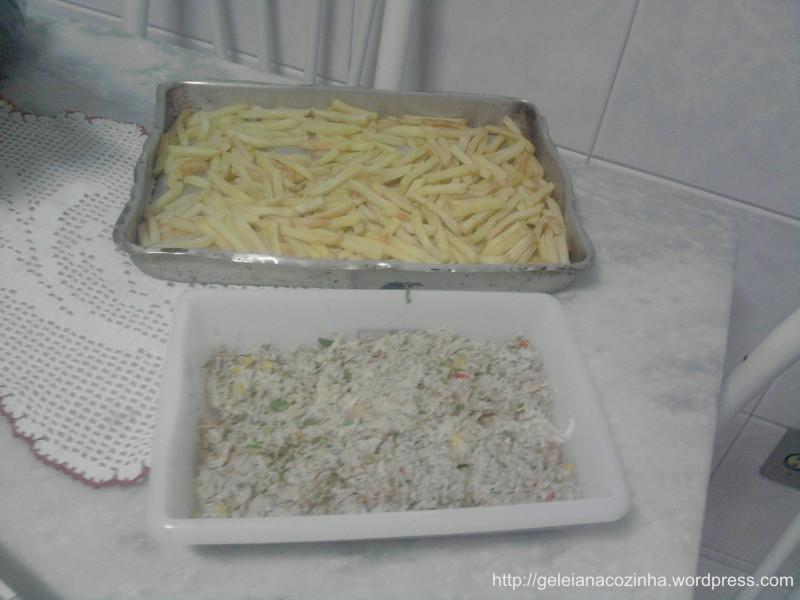 Batata e frango antes da montagem